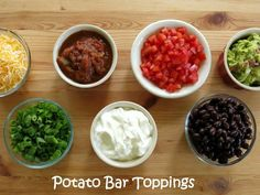 Crock Pot Baked Potatoes and Topping Ideas The DinnerMom Hello! Here we have good picture about baked potato bar toppings list. We hope. Baked Potato Toppings, Baked Potato Bar, Crock Pot Baked Potatoes, Loaded Baked Potatoes, Slow Cooker Recipes, Cooking Recipes, Fun Recipes, Recipies, Nacho Bar