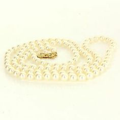 Estate Designer Mikimoto 14 Karat Yellow Gold Cultured Pearl Necklace Pre-Owned $2695