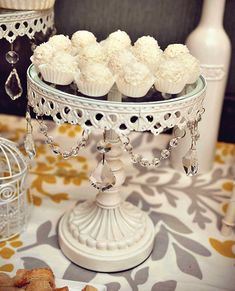 I LOVE that beautiful cake stand!!! It's so elegant and glamorous...