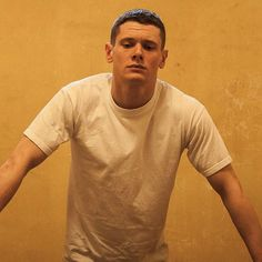 Jack O'Connell as Eric Love in Starred Up Cook Skins, Jack O'connell, Skins Uk, Starred Up, Best Icons, Aesthetic People, Just Girly Things, Evan Peters, Movies
