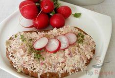 Ein leckerer Brotaufstrich, den man zum Frühstück, Abendbrot oder als Snack genießen kann.