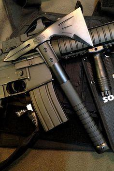 SOG Voodoo Hawk Mini Axe F182N-CP - Satin Polished Axe Head, GRN Handle, Nylon Sheath