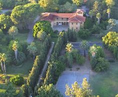 Runner up idea....Spanish style wedding at the Villa del Sol D'Oro (aka the Alvero Villa) in Sierra Madre. This place is the most amazing little known secret!