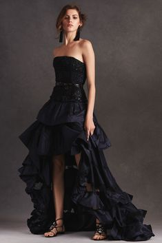 Oscar de la Renta Resort 2016 great dress I could picture someone young wearing this maybe Chloe Grace Moretz