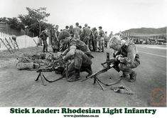 The stick gunner carried his MAG and 500 rounds in 10 belts + 2 pints of water & food for a day. Fn Mag, Defence Force, Troops, Soldiers, Places Of Interest, Vietnam War, Cold War, Military History, South Africa