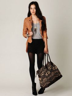 Resultado de imagen para outfit formal con mallas negras