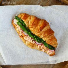 Tartinki365: Tartine 355. Radish Greens, Smoked Salmon, Asparagus, Sandwiches, Stuffed Peppers, Hot, Studs, Stuffed Pepper, Stuffed Sweet Peppers