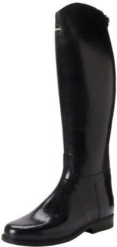 €375, Bottes de pluie noires Le Chameau. De Amazon.com. Cliquez ici pour plus d'informations: https://lookastic.com/women/shop_items/146647/redirect