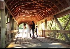 Kelly Clarkson weds Brandon Blackstock in the mountains  of Tennesse, along with his two children, Savannah and Seth.  10-20-13