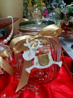 Decorazione natalizia per barattoli con renna e nastro oro