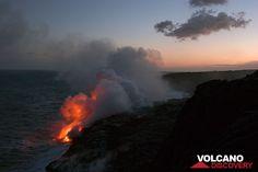 Lava sea entry at Kilauea volcano, Hawai'i (Photo: Tom Pfeiffer) | pinned by haw-creek.com