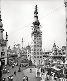 """New York circa 1905. """"Main tower, Luna Park, Coney Island."""""""
