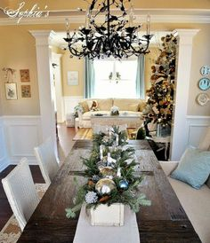 An Easy Christmas Centerpiece. Use a long wood box, change out for different seasons. Simple Christmas, All Things Christmas, Christmas Home, Christmas Holidays, Christmas Crafts, Christmas Layout, Christmas Tablescapes, Christmas Centerpieces, Xmas Decorations