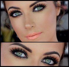 Un #makeup semplice ma d'impatto! Provate a realizzarlo con i prodotti che trovate qui http://www.vanitylovers.com/?utm_source=pinterest.com&utm_medium=post&utm_content=vanity-home&utm_campaign=pin-mitrucco