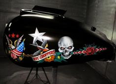 Custom Motorcycle Airbrush Graphics & Pinstriping on Long Island Custom Paint Motorcycle, Motorcycle Art, Custom Airbrushing, Air Brush Painting, Airbrush Art, Pinstriping, Les Oeuvres, Football Helmets, Bike