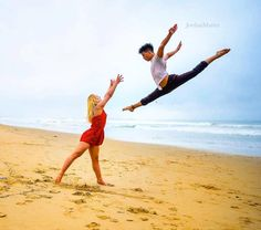 Dance Photos, Dance Pictures, Dance Photography Poses, Cheer Pictures, Contortion, Famous Photographers, Dance Art, Writing Inspiration, Cool