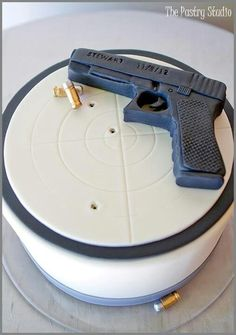 Groom's Cake: The Pastry Studio Here's another personal touch for this very special wedding with-Allison & Justin. The Groom's Cake was for a Volusia. 21st Birthday Cake For Guys, Surprise 30th Birthday, 30th Birthday Parties, Man Birthday, Men Birthday Cakes, Gun Cakes, 30 Cake, Bithday Cake, Fancy Cakes