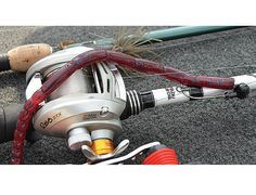 Do you know how to use a Football Worm, Jig Rig and Alabama Rig? Here are three bass rigs the pros use. Bass Fishing Tips, Fishing Rigs, Fishing Knots, Ice Fishing, Trout Fishing, Saltwater Fishing, Fishing Tackle, Fishing Stuff, Carp Fishing