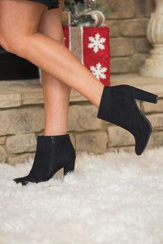 These adorable booties are the perfect way to welcome fall in style!