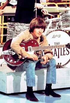 George Harrison -Another top favorite picture of George..... oh God I miss that man....