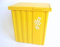 vintage Fesco waste basket
