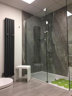Plumbcity In Bury St Edmunds Has Nuance On Display Nuance Panels - Aquaboard shower panels