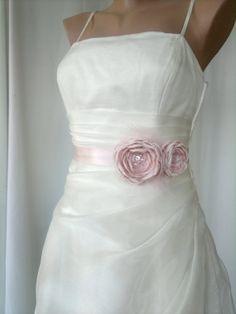 87ad51538e4 Handcraft Light Pink Flowers Wedding Bridal Sash Belt