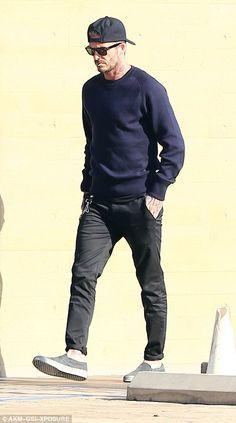 Victoria Beckham keeps it cool in skinnies on lunch date with David