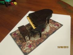 Vintage-Renwal-dollhouse-furniture-grand-piano-and-matching-stool