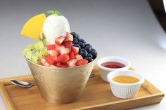 Insadong Korea Town's ice cold Gelato with Mixed Fruits Bingsu is our favourite way to beat the heat!