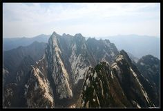 Mount Hua Shan, the most dangerous hiking trail in the world!