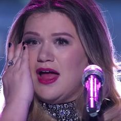 Kelly Clarkson Was Forced To Work With Dr. Luke - http://oceanup.com/2016/03/07/kelly-clarkson-was-forced-to-work-with-dr-luke/