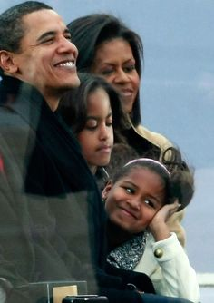 "#44th #President #POTUS Of The United States  Of America #CommanderInChief #BarackObama #FirstLady #FLOTUS Of The United States  Of America #MichelleObama their daughters Malia Obama and Sasha Obama The Obama Inaugural Celebration At The Lincoln Memorial"" January 18, 2009 in Washington, DC"