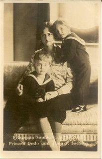 sophie with dedo and timo by Mrs. Kerouac, via Flickr