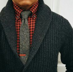"I got shawl 'n check."" - Busta Rhymes Tie bar: Tie: Shirt: Sweater: I like that! Sharp Dressed Man, Well Dressed Men, Mode Masculine, Sweater Fashion, Men Sweater, Mens Sweater Outfits, Gray Sweater, Black Cardigan, Look Fashion"