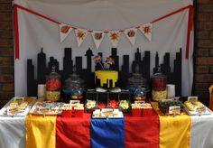 Boy's Super Hero Birthday Party Table Ideas www.spaceshipsandlaserbeams.com