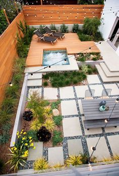 Modern Backyard Ideas with Swimming Pool, Jacuzzi or Hot Tub Hot Tub Backyard, Large Backyard Landscaping, Small Backyard Design, Backyard Layout, Small Backyard Gardens, Backyard Patio Designs, Modern Backyard, Backyard Ideas, Landscaping Ideas