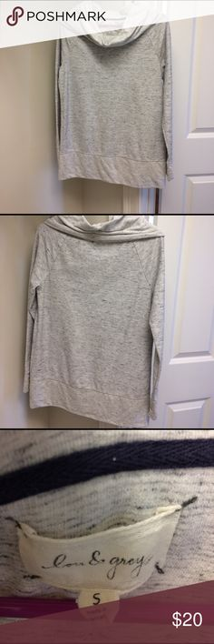 "Lou & Grey cowl neck sweatshirt Lou & Grey cowl neck sweatshirt grey with black flecks. Gently worn. 60% cotton,40% polyester. 27  1/2"" long. So cute with leggins. Smoke and pet free home. Lou & Grey Tops Tunics"