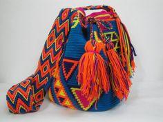 LOVE this sone: Mochila multi color FASHIONISTAZ