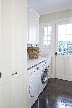 Do not miss out these fantastic Basement Laundry Makeover Projects Laundry Decor, Laundry Room Design, Laundry In Bathroom, Laundry Rooms, Laundry Tips, Laundry Cupboard, Laundry Room Organization, Utility Cupboard, Organizing