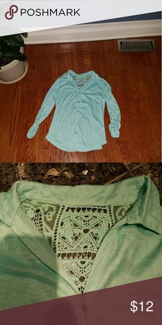 Seafoam Lace Panel Blouse ✨ In excellent condition, worn twice. Crochet lace back. Roll tab sleeves. True green color shown in 2nd picture. Other 3 pictures were taken with flash. No holes, stains, or pilling. Smoke and pet free home! No Boundaries Tops Blouses
