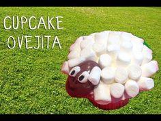 ▶ Decoracion cupcakes infantiles | Cómo hacer un cupcake oveja - YouTube
