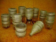 cuias de chimarão feitos com garrafas pet , revestidas com barbante de sizal bio.
