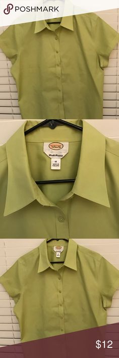 Talbots women Shirt in apple green size 16 A beautiful shirt by Talbots size 16 in apple green in excellent conditions Talbots Tops