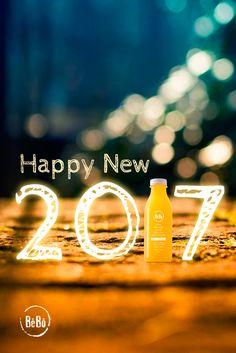¡Feliz Año 2017! Os deseamos tanta salud como gotas tiene la lluvia, 💦 tanto amor como rayos de luz tiene el sol ☀  y tanta felicidad como arena tiene el mar 🌊 #HappyNewYear #BeBoJuicers #Health #Love #Happiness