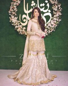 Dress is not only about style and design, but its about reflection person attractiveness. Here, you will see huge Pakistani Engagement Dresses Pakistani Engagement Dresses, Pakistani Wedding Outfits, Pakistani Wedding Dresses, Pakistani Dress Design, Bridal Outfits, Nikkah Dress, Shadi Dresses, Indian Dresses, Indian Outfits