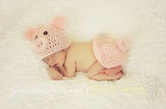 crochet baby outfit - piggy hat - pig bum cover - pig photo prop- baby boy hat- baby girl hat - photography props, character hats, pig set
