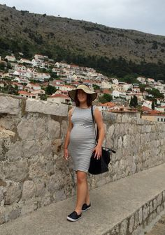 Pregnant on holiday in Dubrovnik. Wearing Primark dress, Topshop hat and shoes, Zara bag. May 22nd 2015.