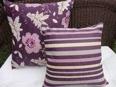 almofadas de casamento lilas roxo -