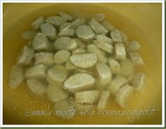 Le Ricette della Nonna: Simil passatelli in brodo vegetale Homemade Pasta, Beans, Vegetables, Food, Vegetable Recipes, Eten, Veggie Food, Prayers, Meals
